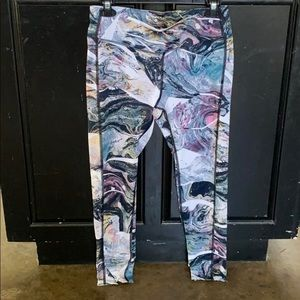 Layer 8 Exercise Leggings Size M
